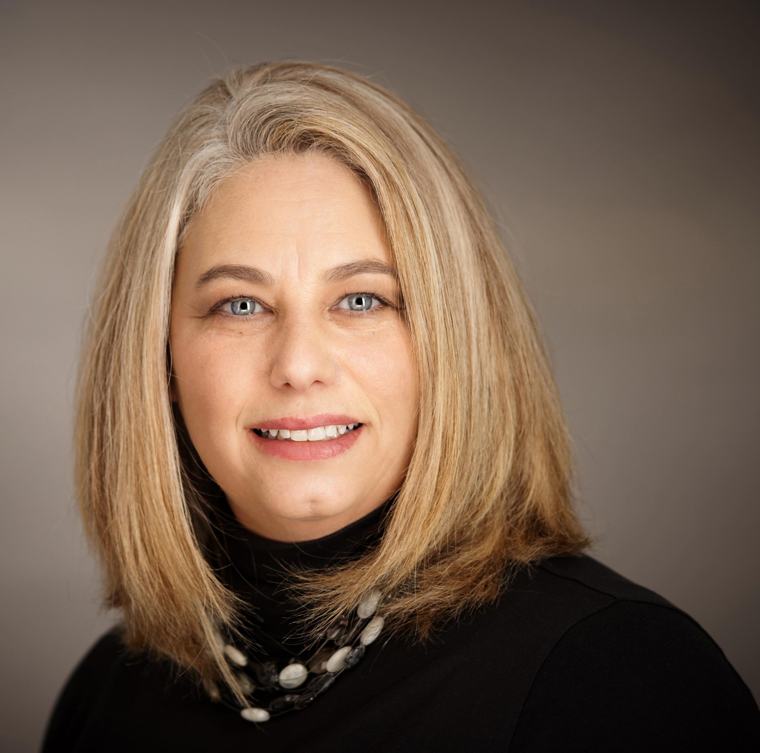 Angela Ireland